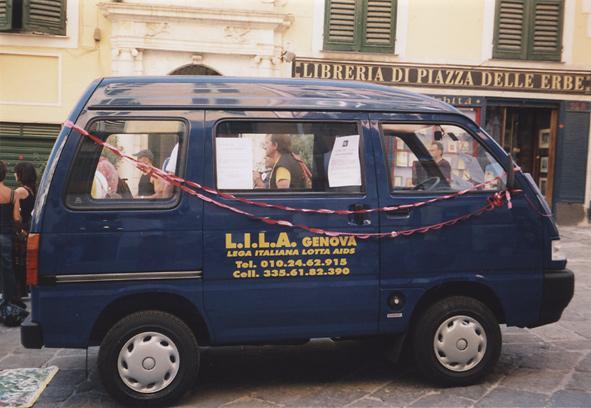 La donazione alla LILA di Genova di una nuova Unità di strada