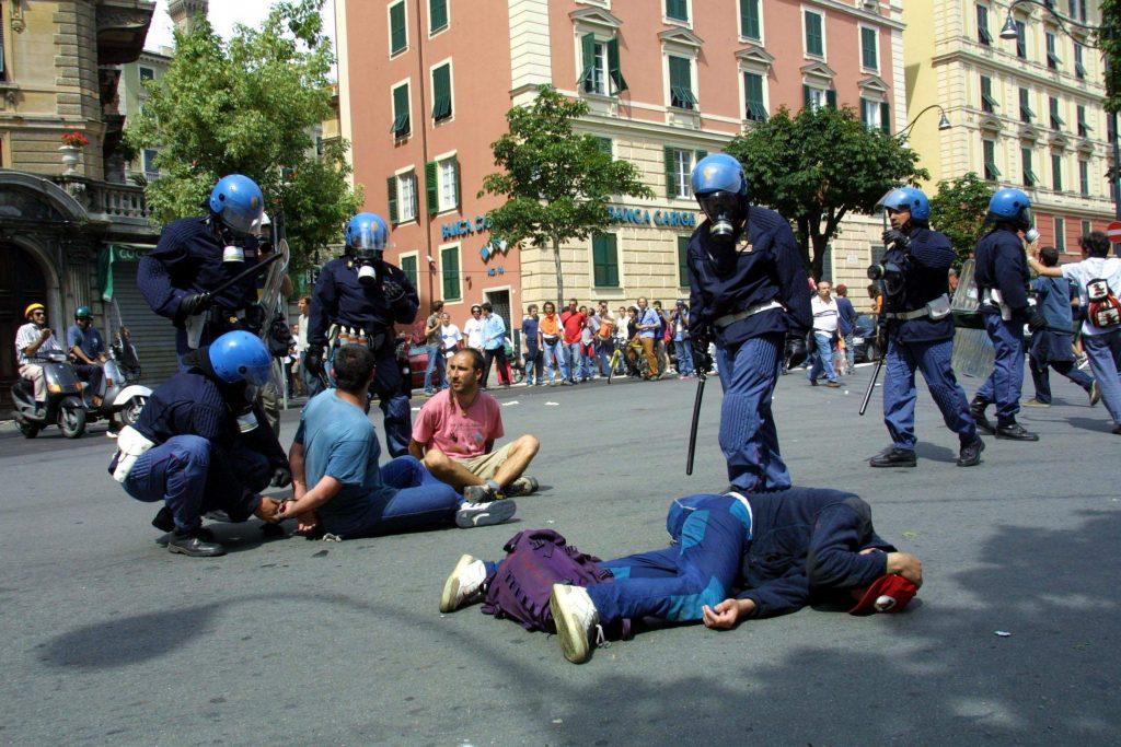 02 aprile 2020. Scontri al G8 del 2001: assolto il poliziotto Cinti per i danni d'immagine